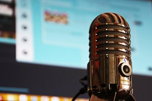 gray-microphone